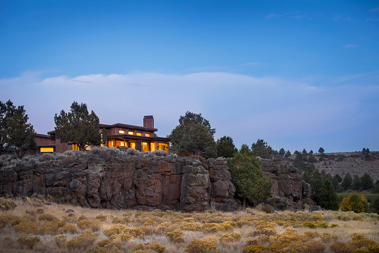 bends westside custom home architectural design