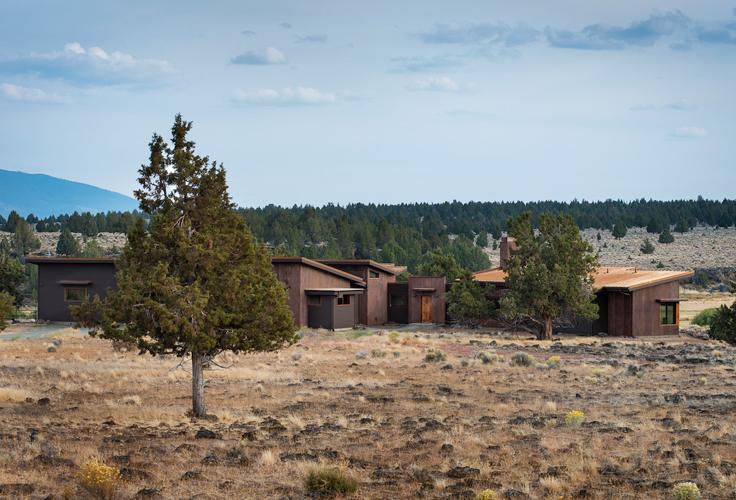 oregon modern ranch architecture