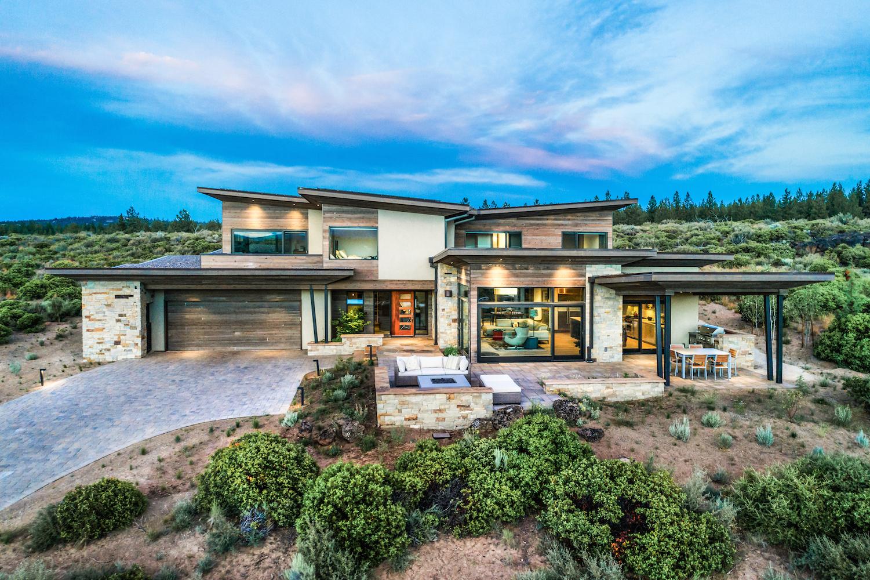 Oregon Modern Design concrete fireplace