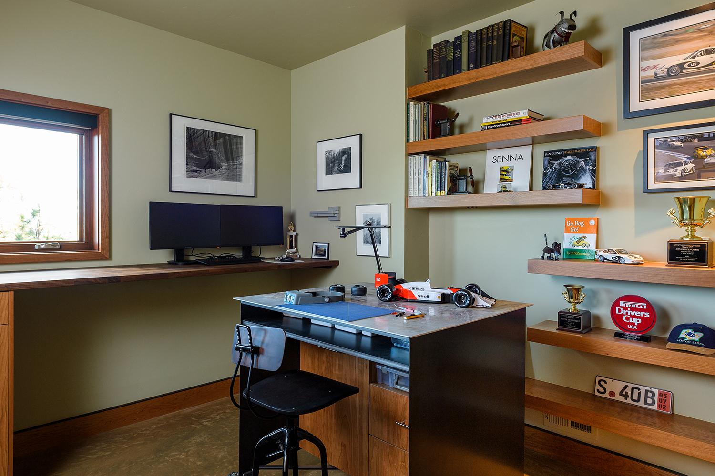 den workspace floating shelves