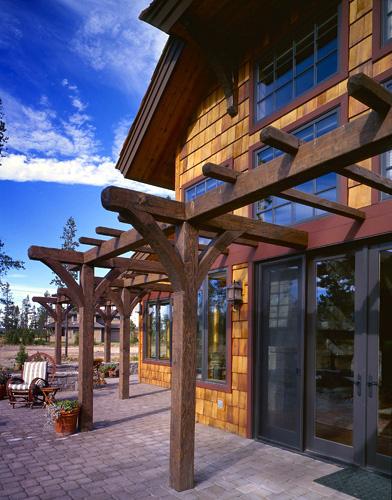 Central Oregon Old World European Lodge Architect